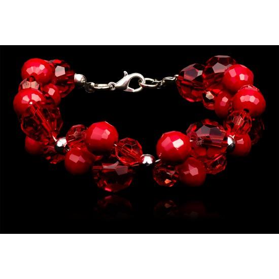 Bransoletka z czerwonych kryształów